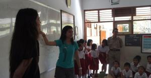 Bali Coral reef rebuilding-Teaching English